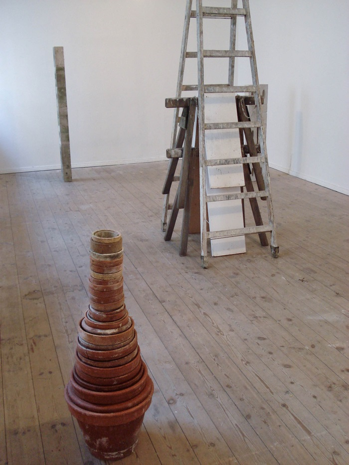Figure 1, Untitled, Figure 2 (front to back)/Improvisationen-Berlin, 2009, Ceramic, Wood and Concrete, 70 - 240cm